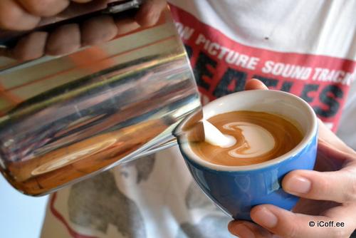 مادز کافه . ملاکا . لاته آرت