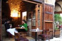 قهوه خانه ای در بیروت ~ Coffeehouse in Beirut