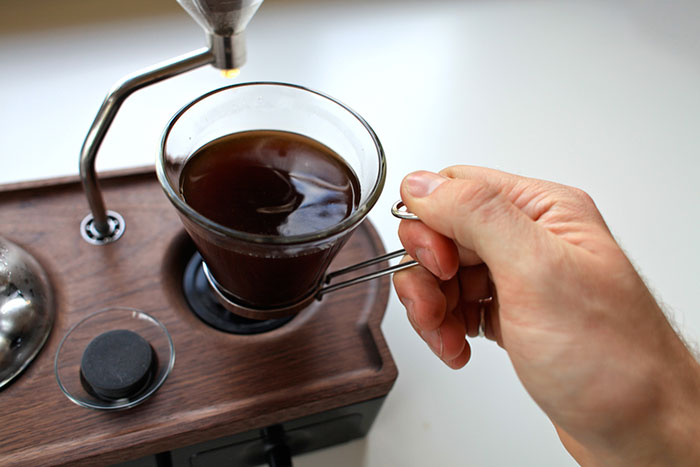 barisieur-coffee-maker-alarm-clock-joshua-renouf-10