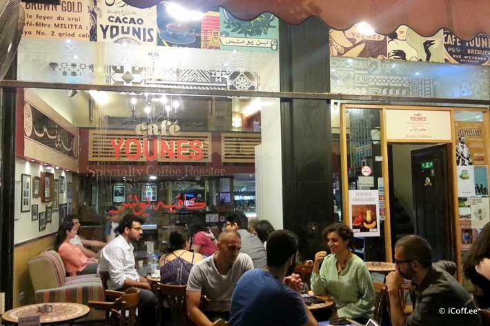کافهنشینی در بیروت لبنان