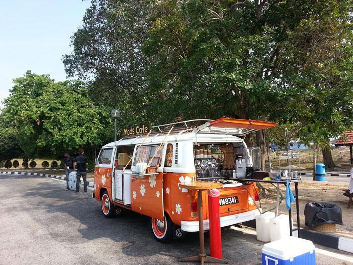 کافه سیار مادز کافه ملاکا مالزی