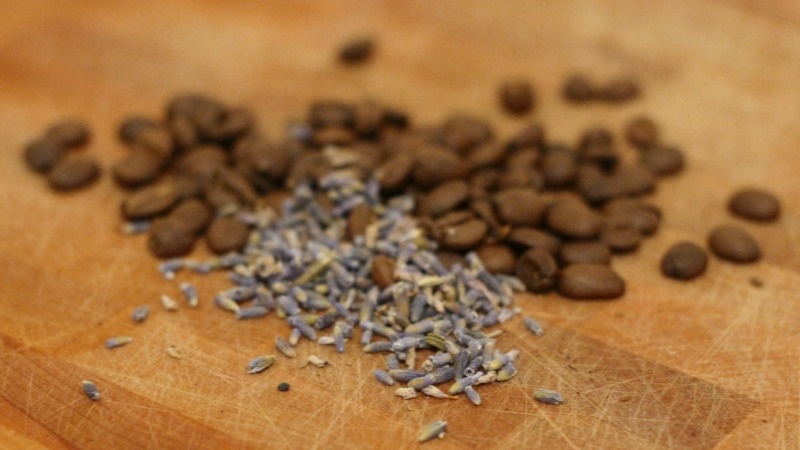 قهوه و ادویه لوندر اسطوخودوس