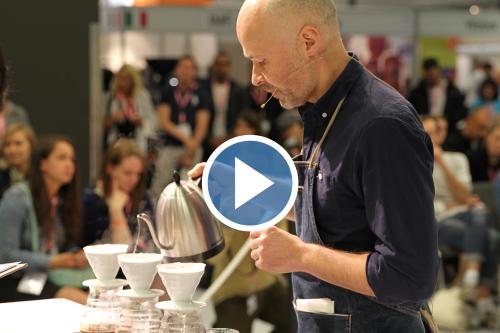 قهرمان مسابقات دمآوری قهوه