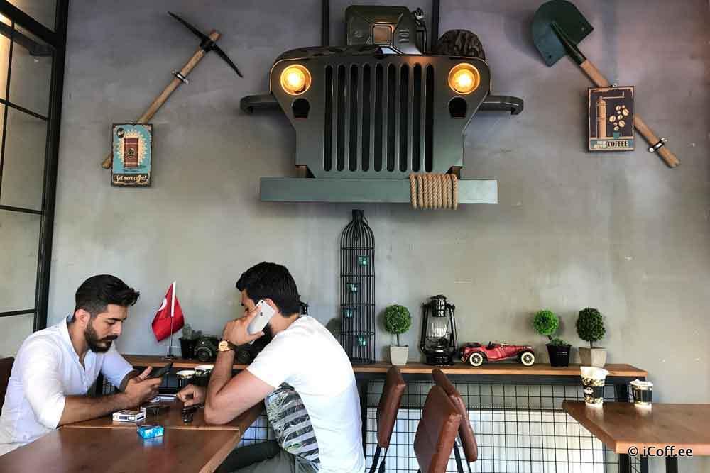 گپی با یک کافهدار سوری در استانبول