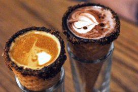 قهوه در قیف بستنی قیفی