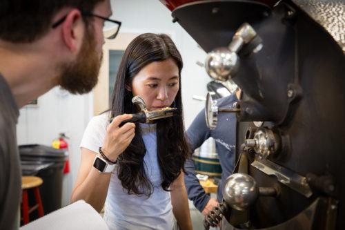 برشتهکاری قهوه روست قهوه
