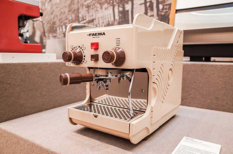 موزه قهوه موماک در ایتالیا