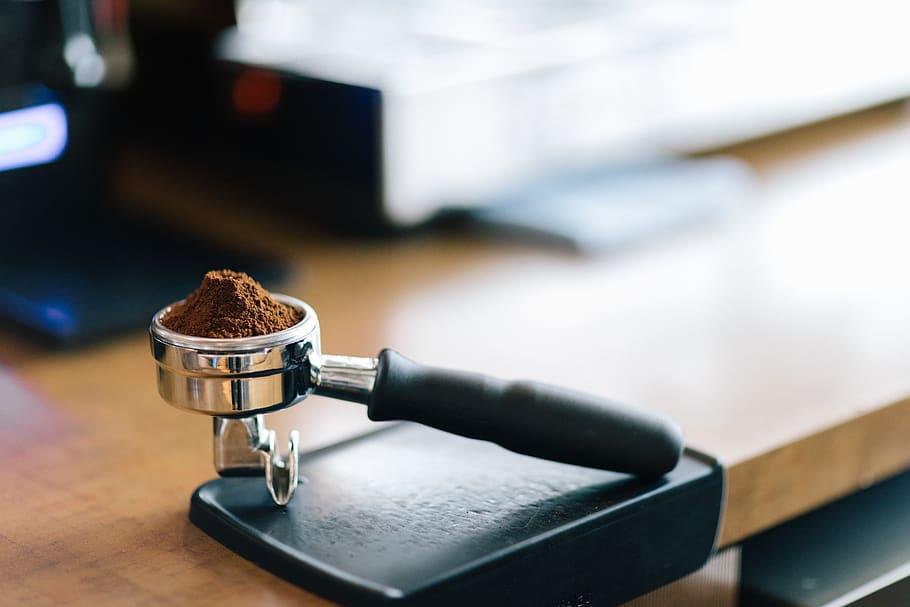 کوه قهوه در پورتافیلتر