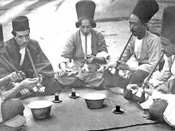 مصرف تریاک در عهد قاجار